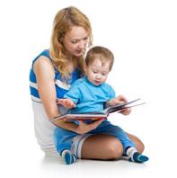 Lire ou histoire ou écouter la télévision avant le coucher de l'enfant?