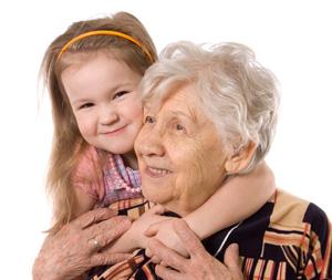 Dormir chez les grands-parents et la routine du sommeil.